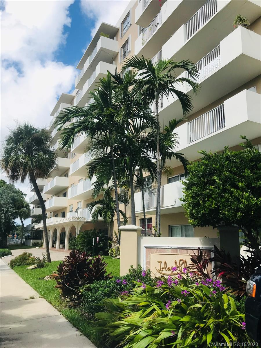 1455 N Treasure Dr #3H For Sale A10945741, FL