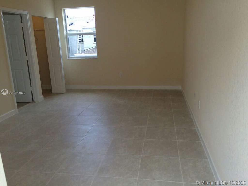 17170 SW 93rd St #Studio For Sale A10945970, FL