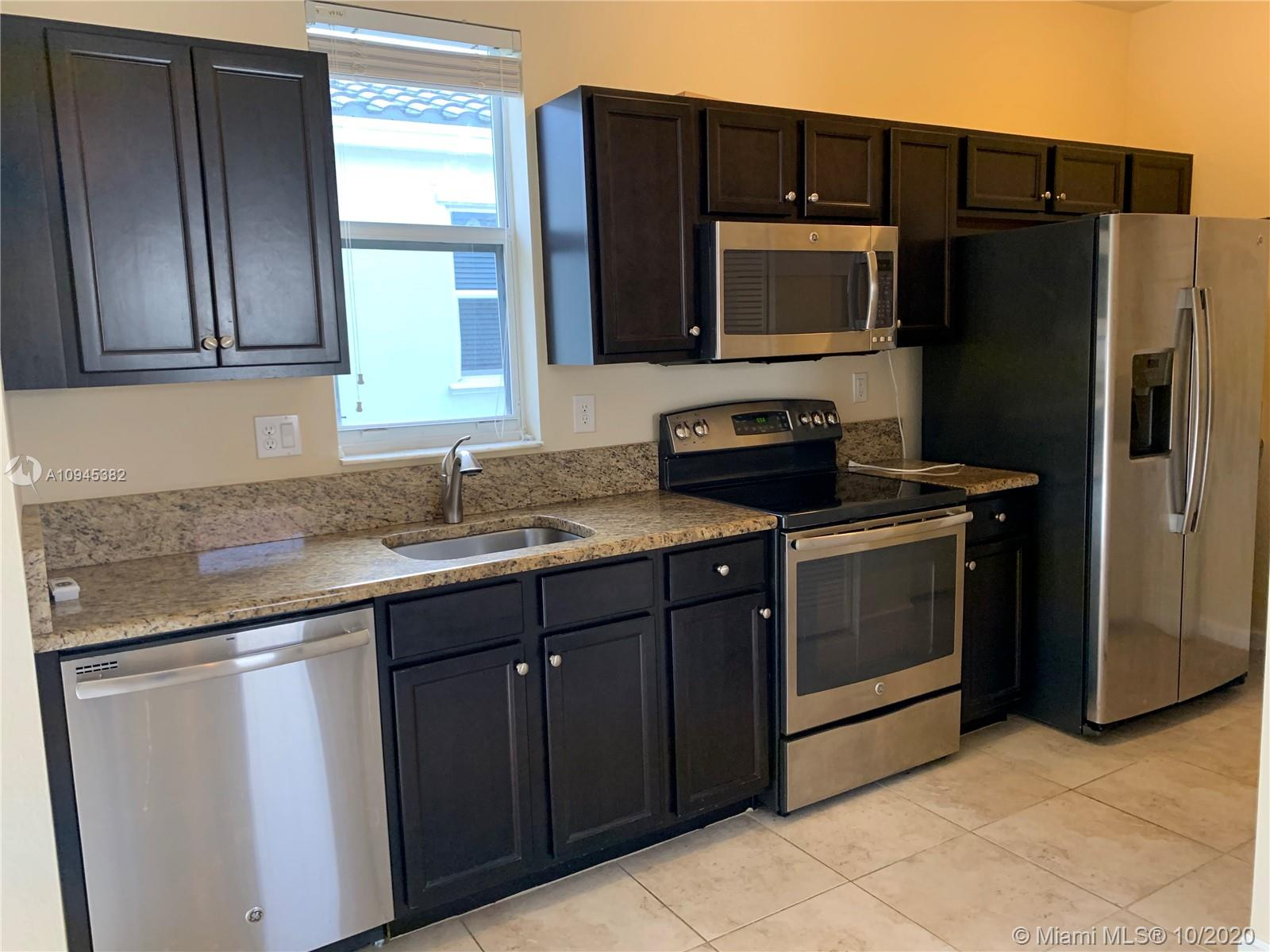9485 SW 171st Ct #Studio For Sale A10945382, FL