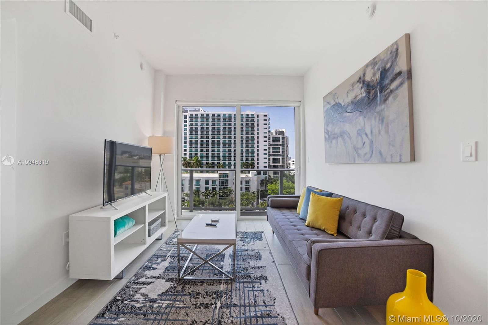 321 NE 26th St #903 For Sale A10946319, FL