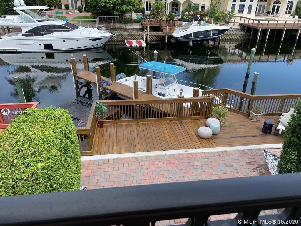 1377 E Harbor Vw E  For Sale A10946135, FL