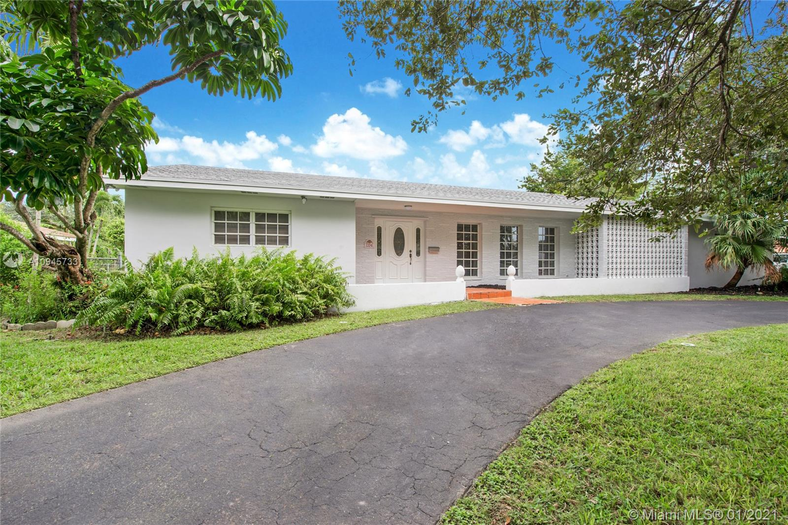 13241 SW 72nd Ave  For Sale A10945733, FL