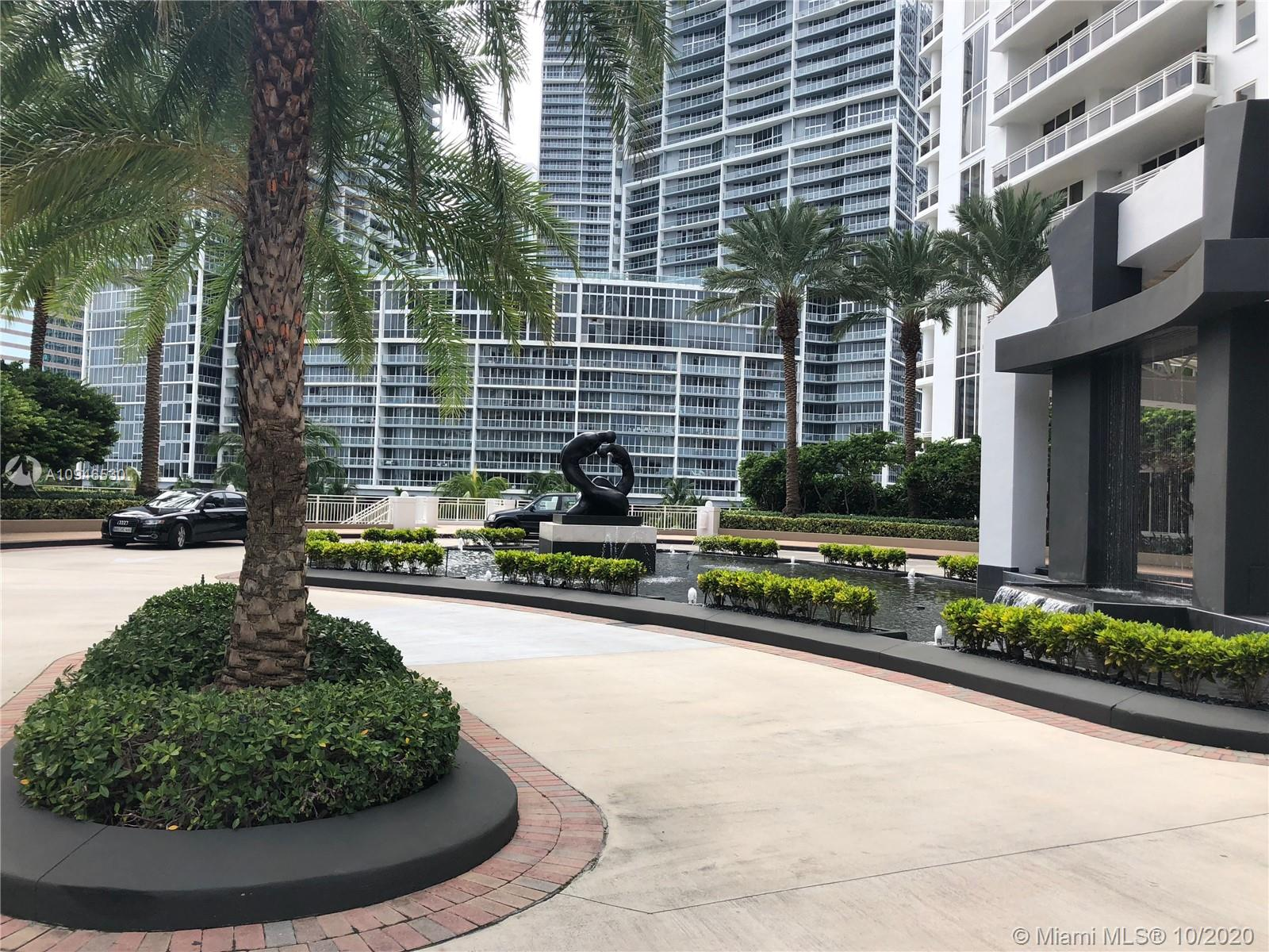 Spectacular Residence!!! Best Oversized corner unit with spectacular views of Miami. This 4br/4.5ba comes with spectacular marble floor thru out. Large chefs kitchen with large breakfast area and cooking Island. Built in walking closets. Two parking spaces. Carbonell features state of the art amenities. Two tennis courts, 2 story gym, basketball, racquetball, sauna, heated, swimming pool, concierge, free valet, recently renovated common areas.