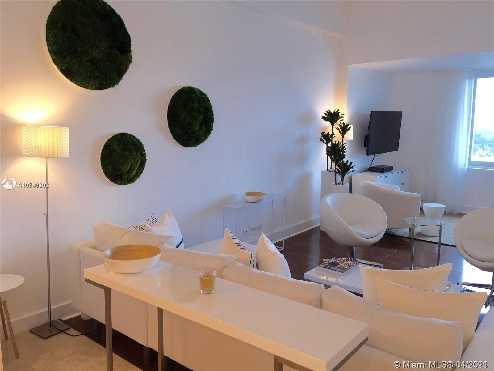 2301  Collins Ave #1632 For Sale A10946602, FL