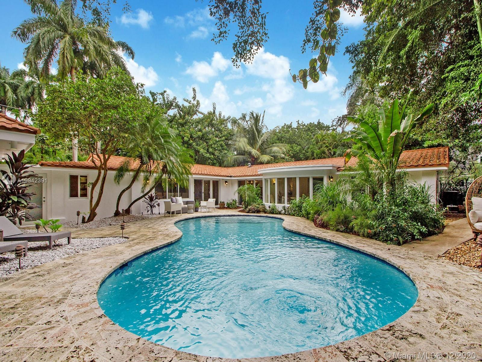 3863 S Douglas Road  For Sale A10942391, FL