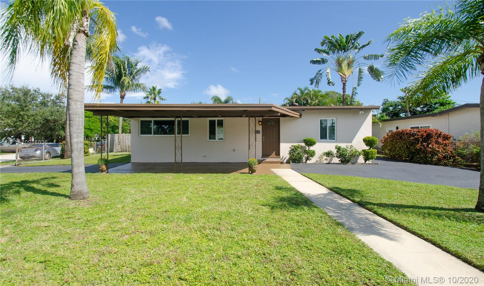 1030 NW 15th Ave  For Sale A10946636, FL