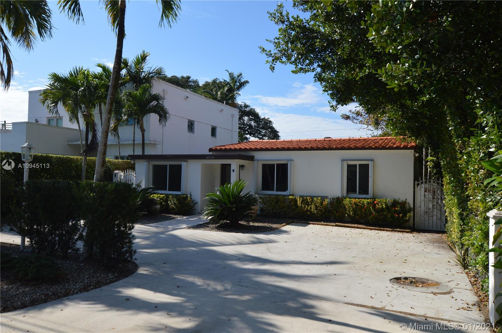 OPPORTUNITY KNOCKS TO OWN THIS BEAUTIFUL UPDATED 3BED 2.5BATH ONE STORY SINGLE FAMILY LOCATED IN THE HEART OF MIAMI RIGHT OFF SUNSET DR NEXT TO MILLION DOLLAR HOMES. THIS BEAUTY FEATURES MARBLE FLOORS THROUGHOUT MAIN LIVING AREAS, WOOD FLOORS IN BEDROOMS. LARGE MASTER SUITE, WITH WALK-IN CLOSET, LARGE FAMILY ROOM GREAT FOR ENTERTAINING FAMILY AND GUEST. SCREENED IN PORCH, WOOD KITCHEN CABINETS WITH GRANITE COUNTER TOPS, SS APPLIANCES. THIS IS A TRULY MUST SEE CALL TODAY, AS THIS ONE WILL NOT LAST!! LIVING AREA MUCH LARGER THAN TAX ROLL AS PER OWNER!