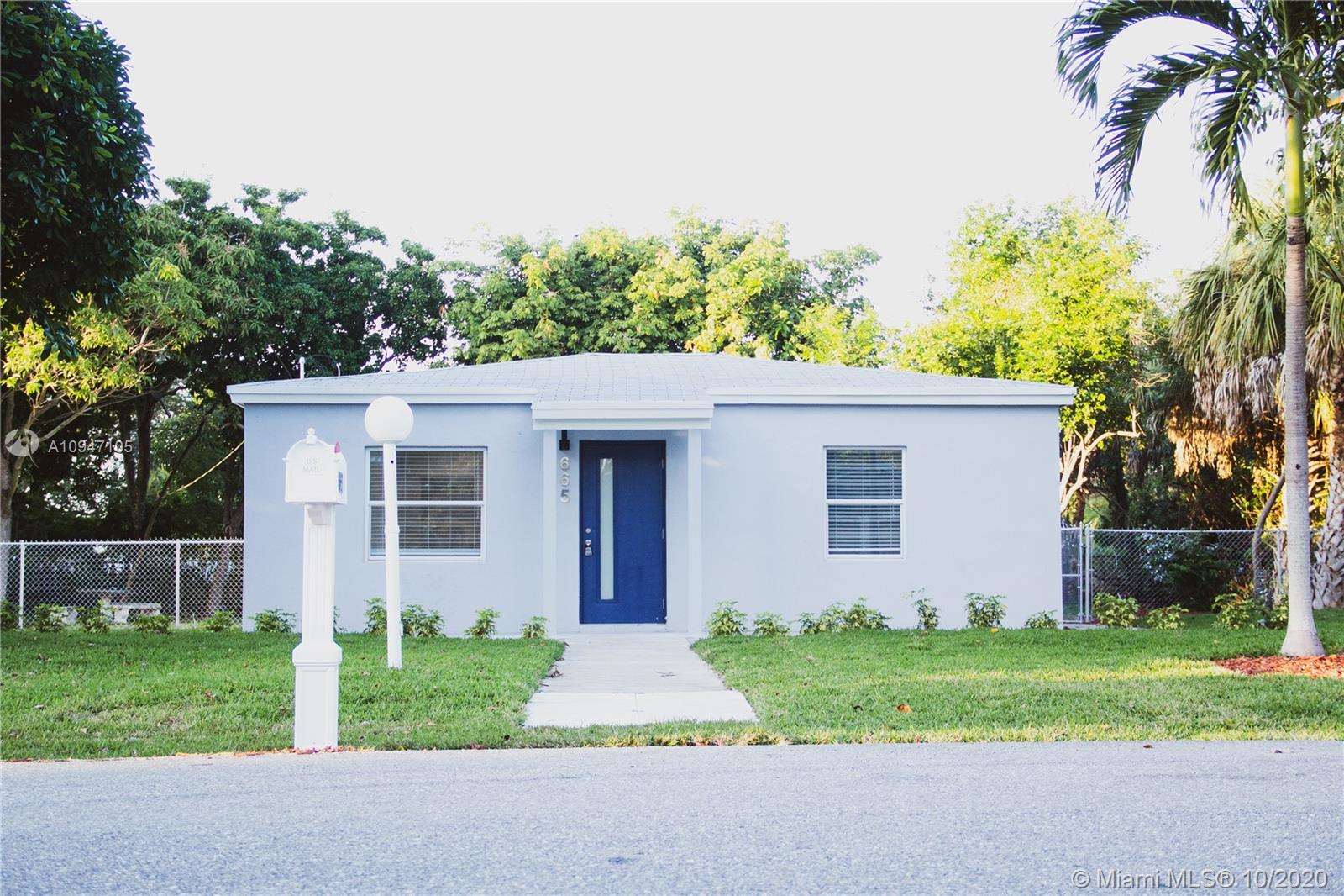New Turn Key Renovation on a DOUBLE LOT. 1020 Sqft 3/2 Home on a 13,000 foot LOT with a 148 sqft. Efficiency! Space could be used as private office or guest bedroom. 2019 Roof! Electric Upgrade! Brand new kitchen featuring quartz countertops, large custom pantry cabinets, custom backsplash / hardware, and NEW S/S appliances! Tankless hot water heater! Modern Walk-in Closet with Barn door! New 36x48 Tiles throughout! LED recessed lighting throughout! New plumbing and drain pipes! Breathtaking landscaping w/ SOD! Freshly painted inside & out! Bring your imagination to the BIGGEST LOT in Oakland Park today! HURRY THIS PROPERTY WONT LAST!