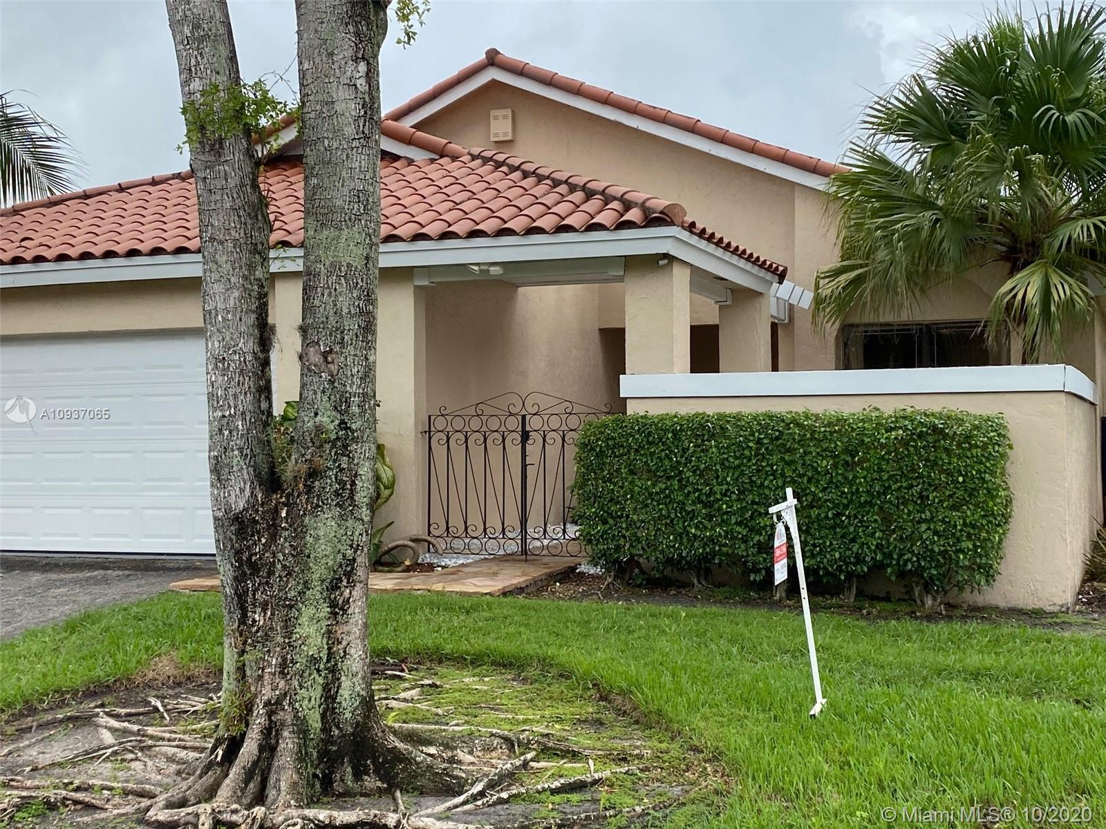 17348 NW 61 Ct S  For Sale A10937065, FL