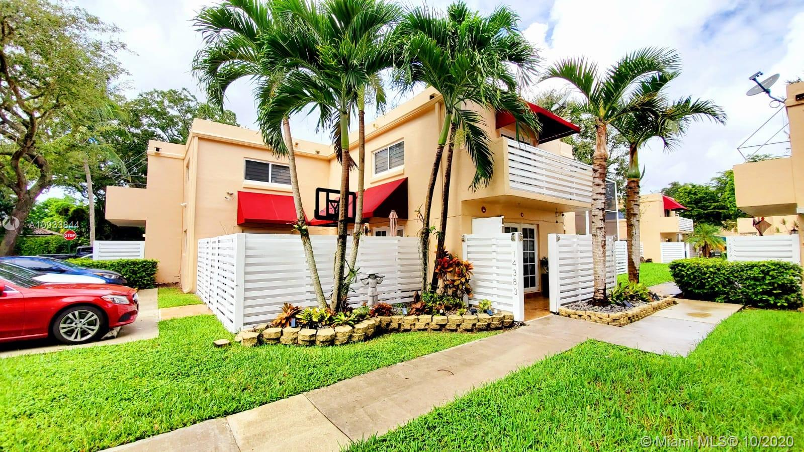14383 SW 97th Ln  For Sale A10933844, FL