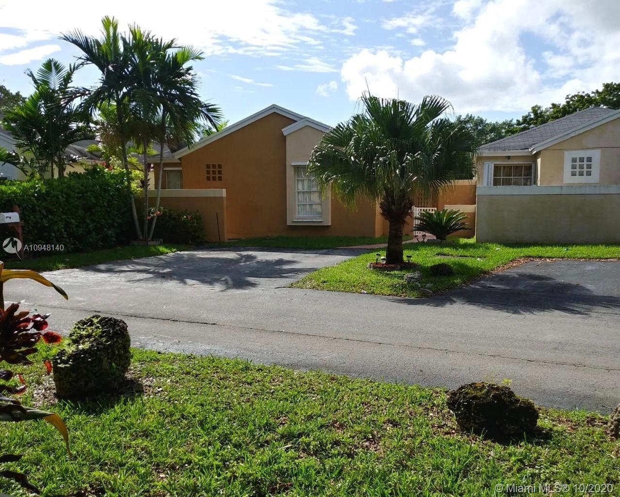 7470 SW 149th Ct  For Sale A10948140, FL