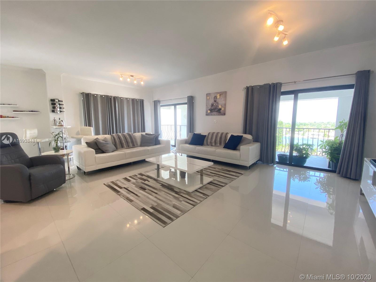 5415  Collins Ave #PHB For Sale A10938481, FL