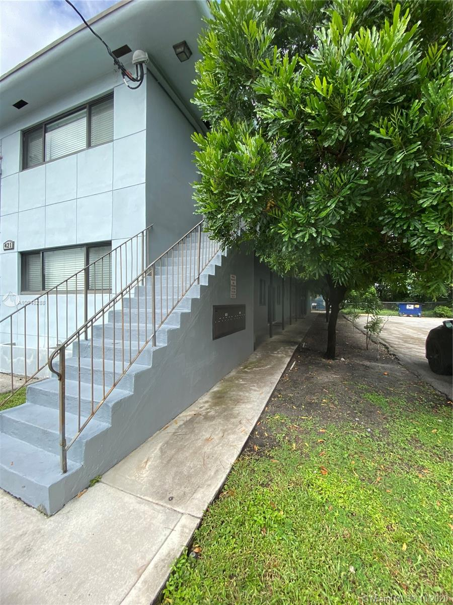 421 SW 6th St #7 For Sale A10948288, FL