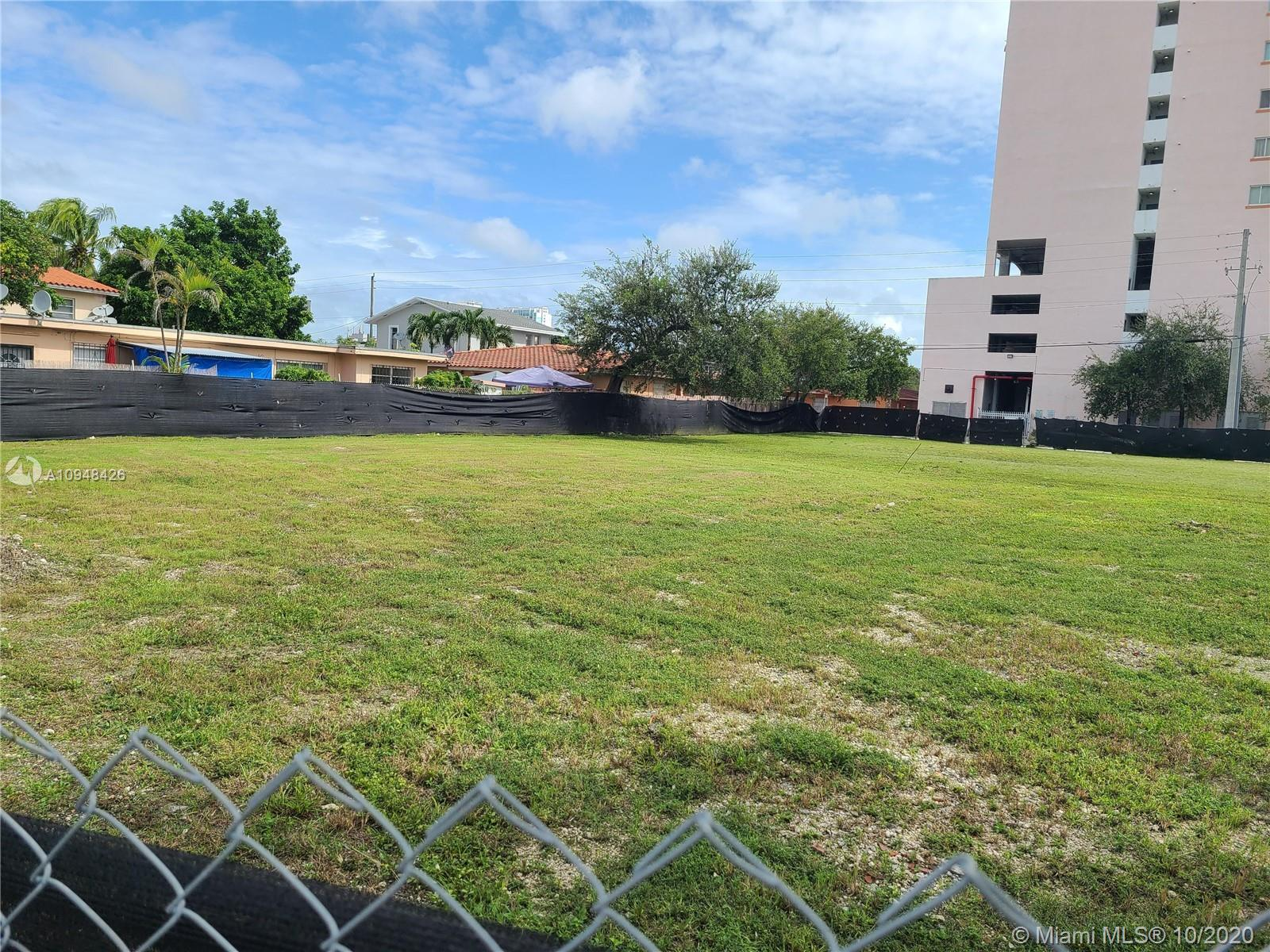 2241 NW 7th St  For Sale A10948426, FL