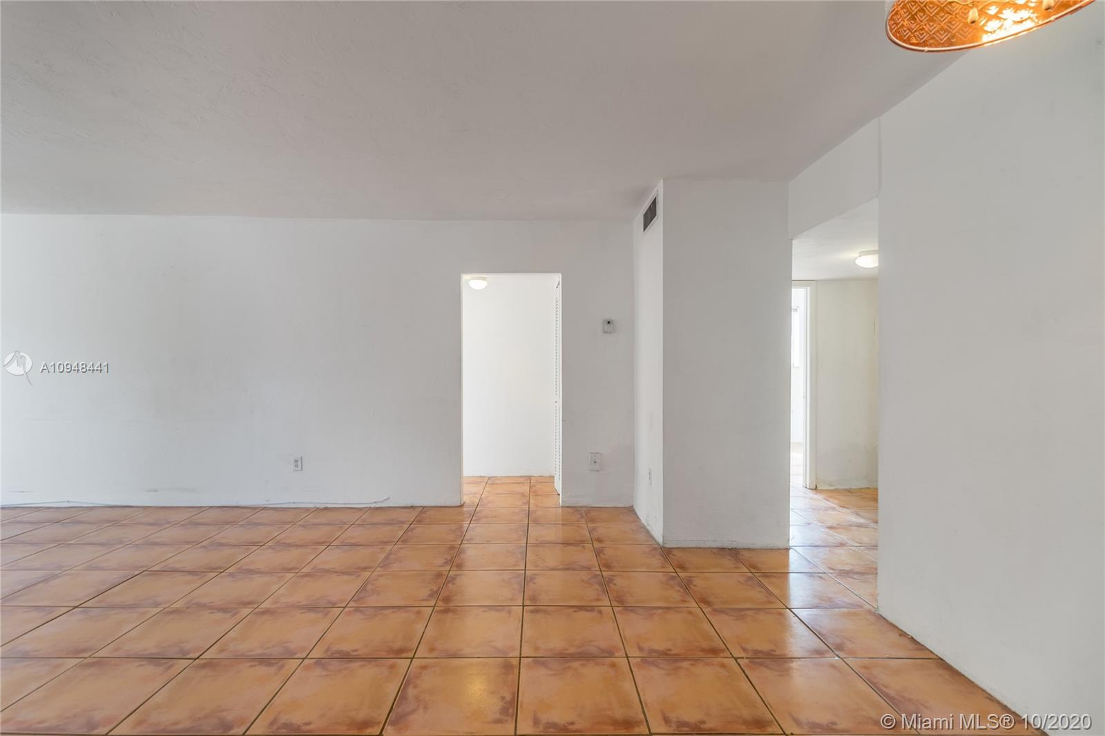 418  Euclid Ave #2A For Sale A10948441, FL