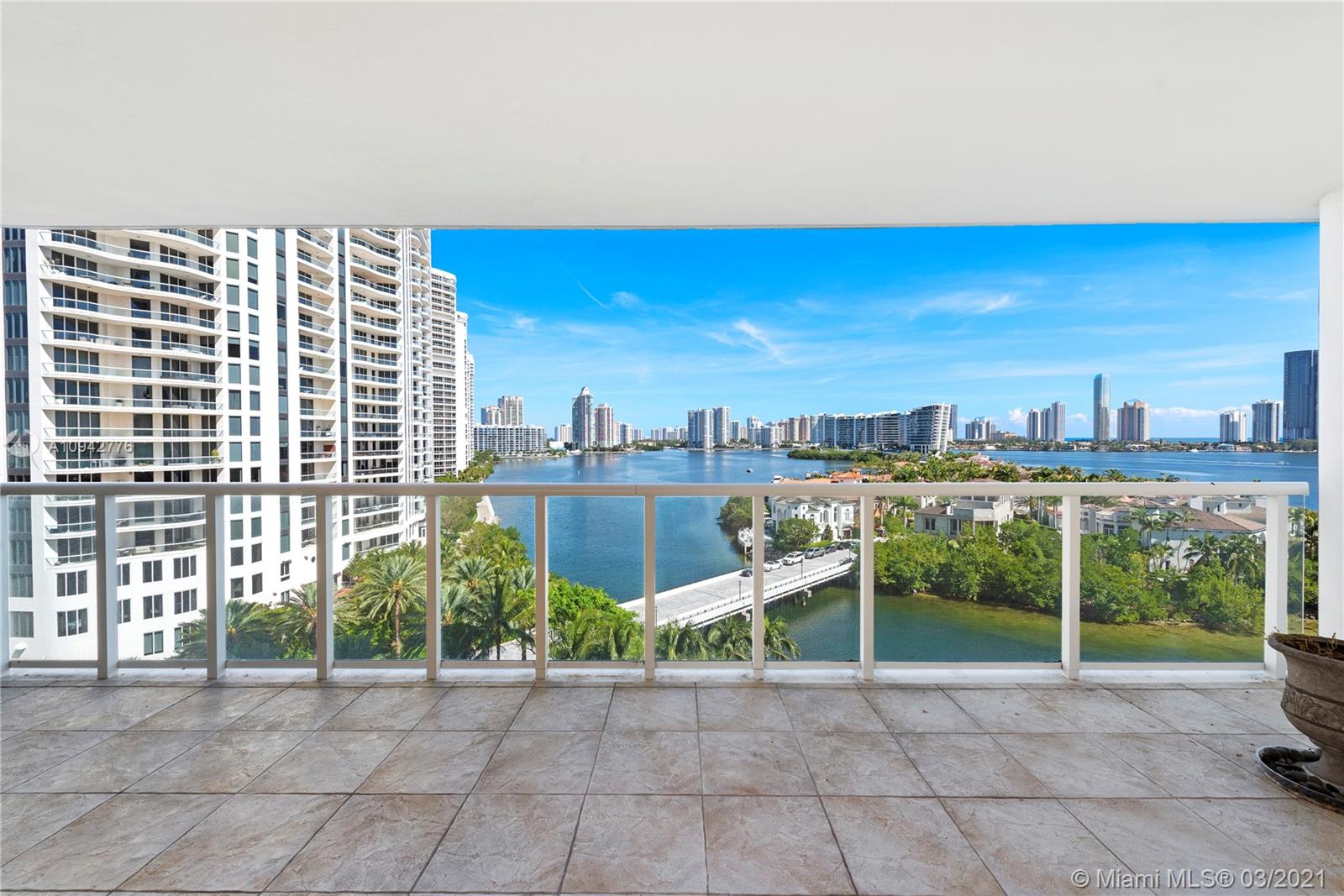 4000  Island Blvd #904 For Sale A10942776, FL
