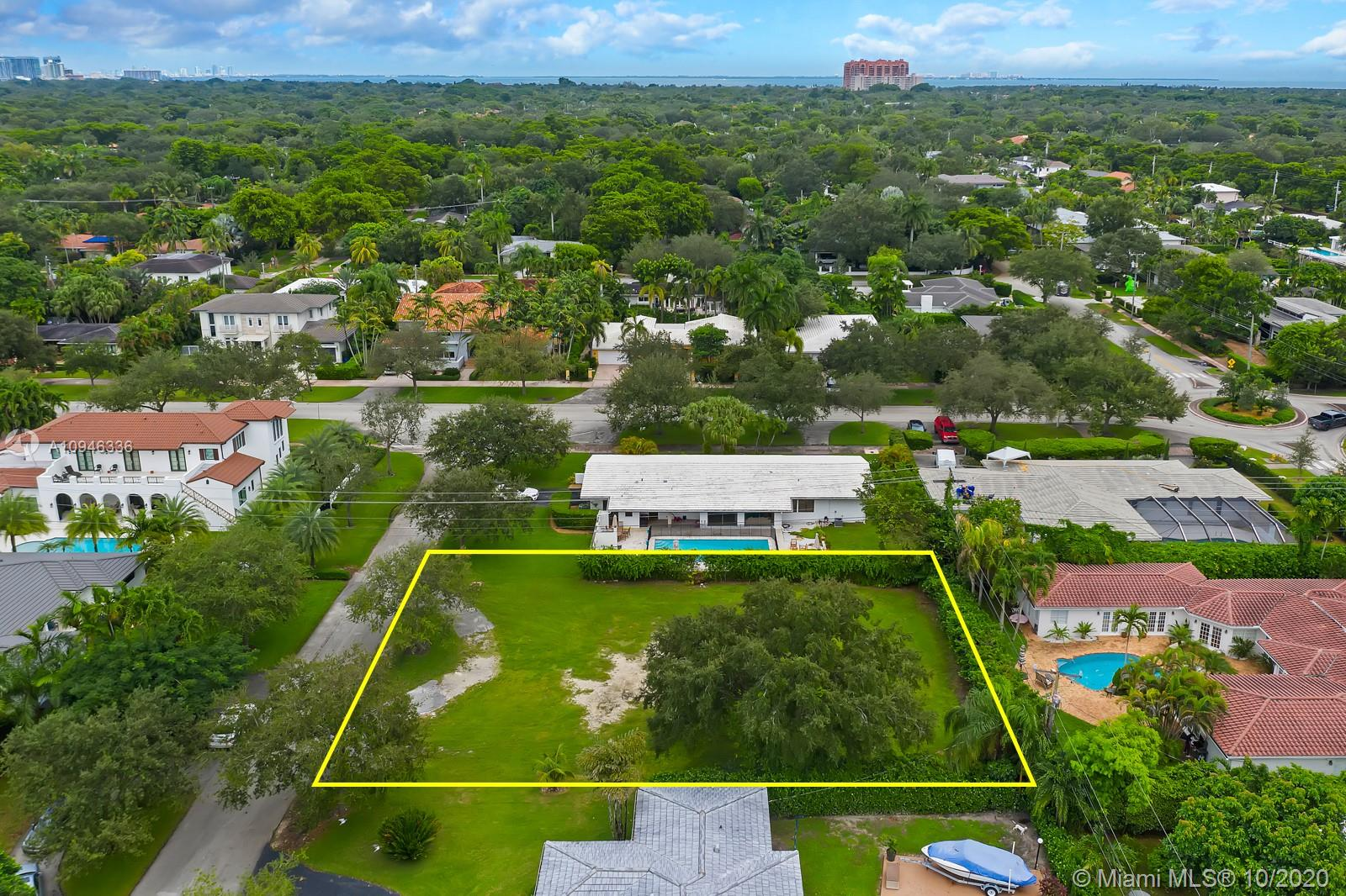 1104  Andora Ave  For Sale A10946336, FL