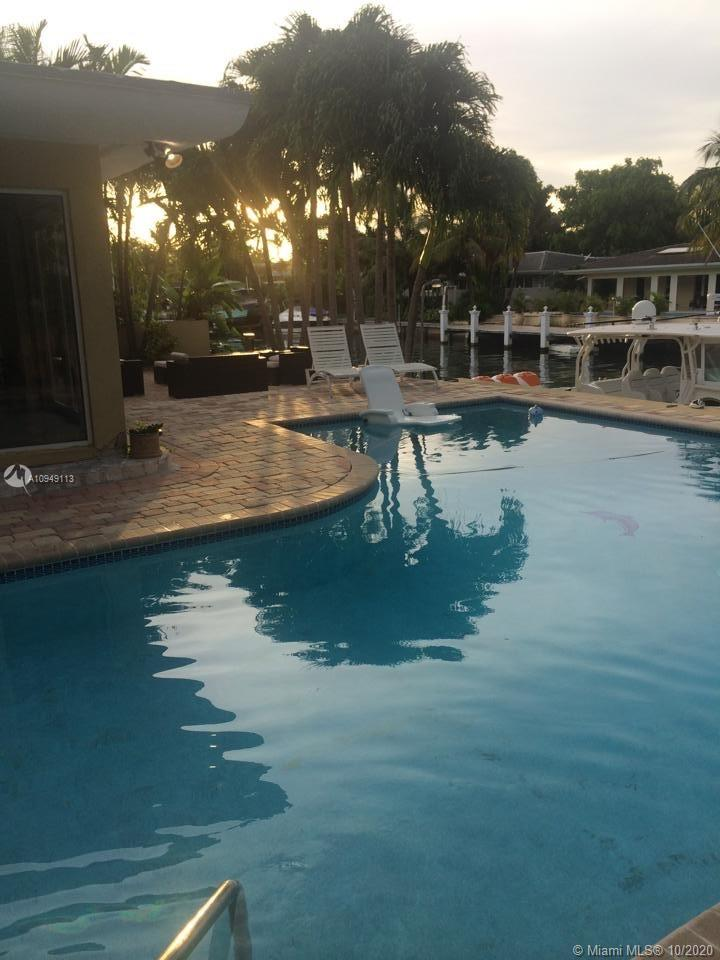 Undisclosed For Sale A10949113, FL