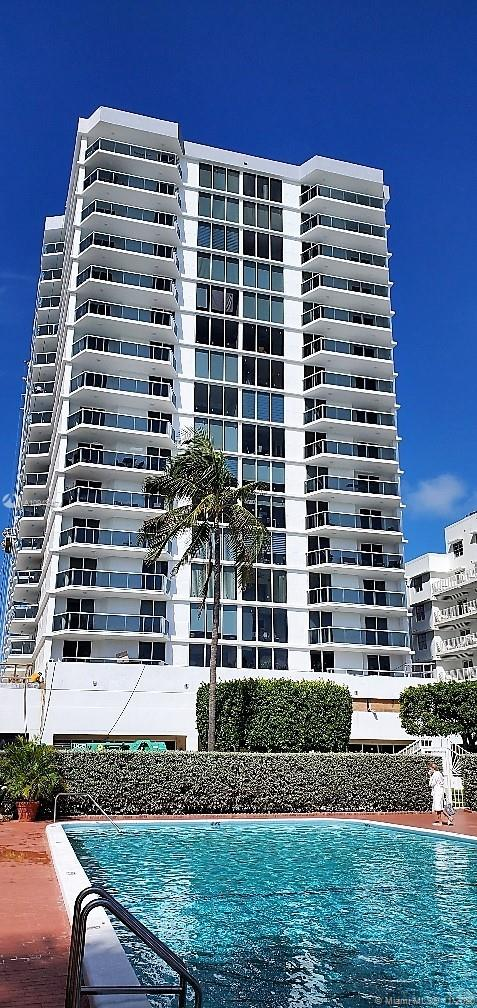 2401  Collins Ave #812 For Sale A10948474, FL