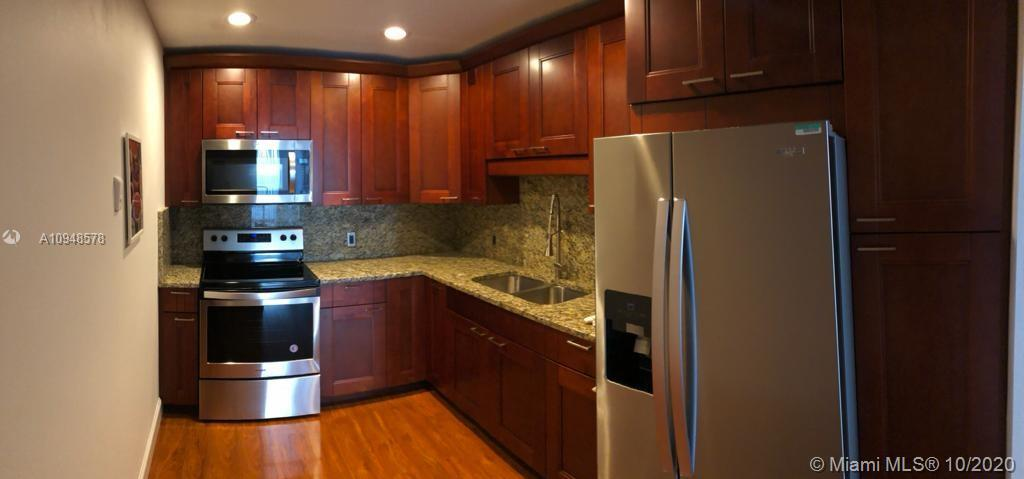 3625 N Country Club Dr #203 For Sale A10948578, FL