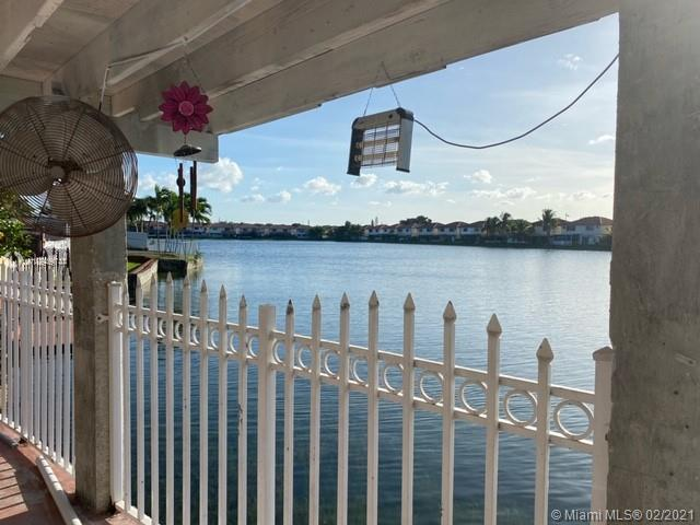 2609 W 65th St  For Sale A10949744, FL