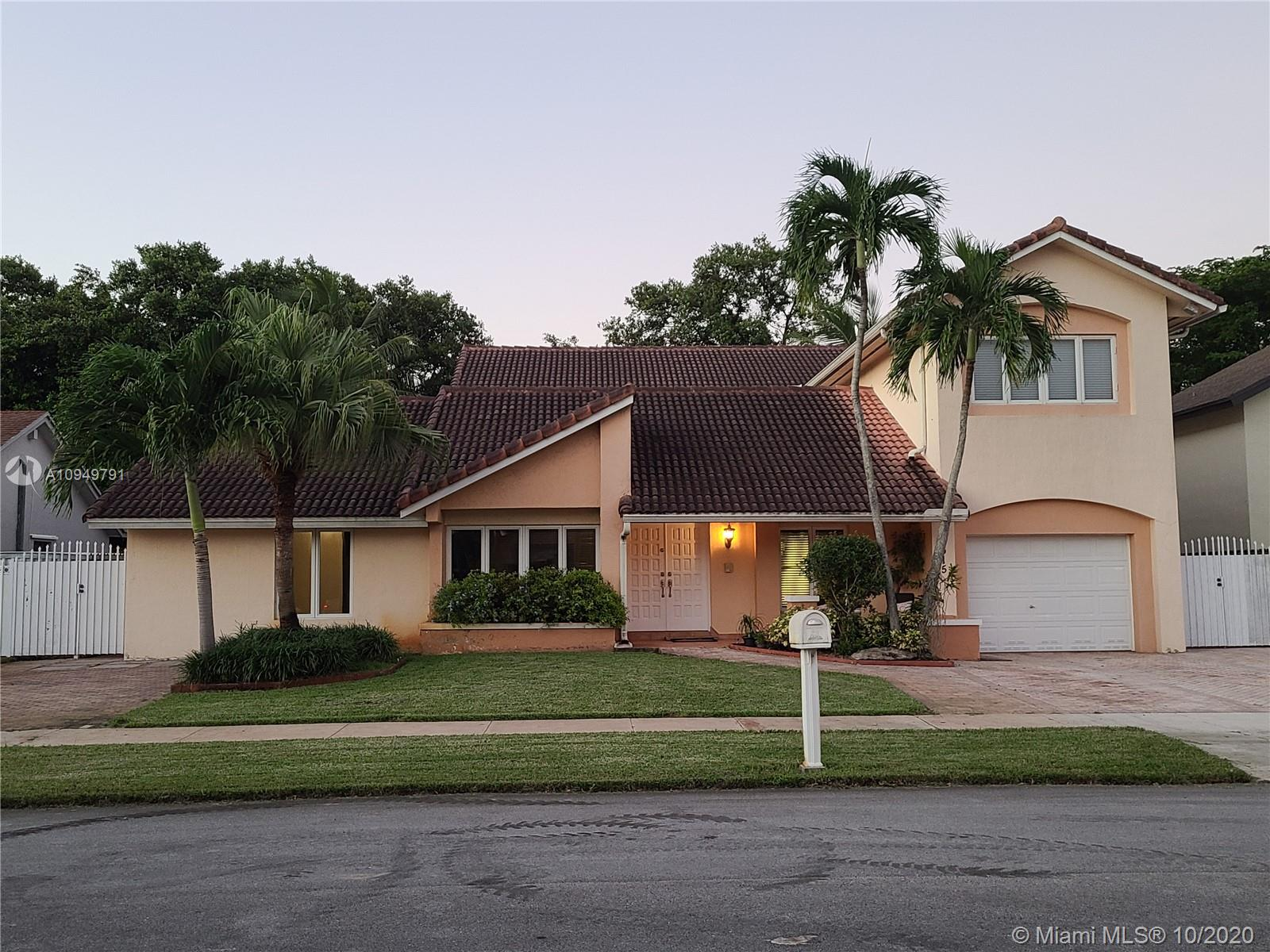 13615 SW 119th St  For Sale A10949791, FL