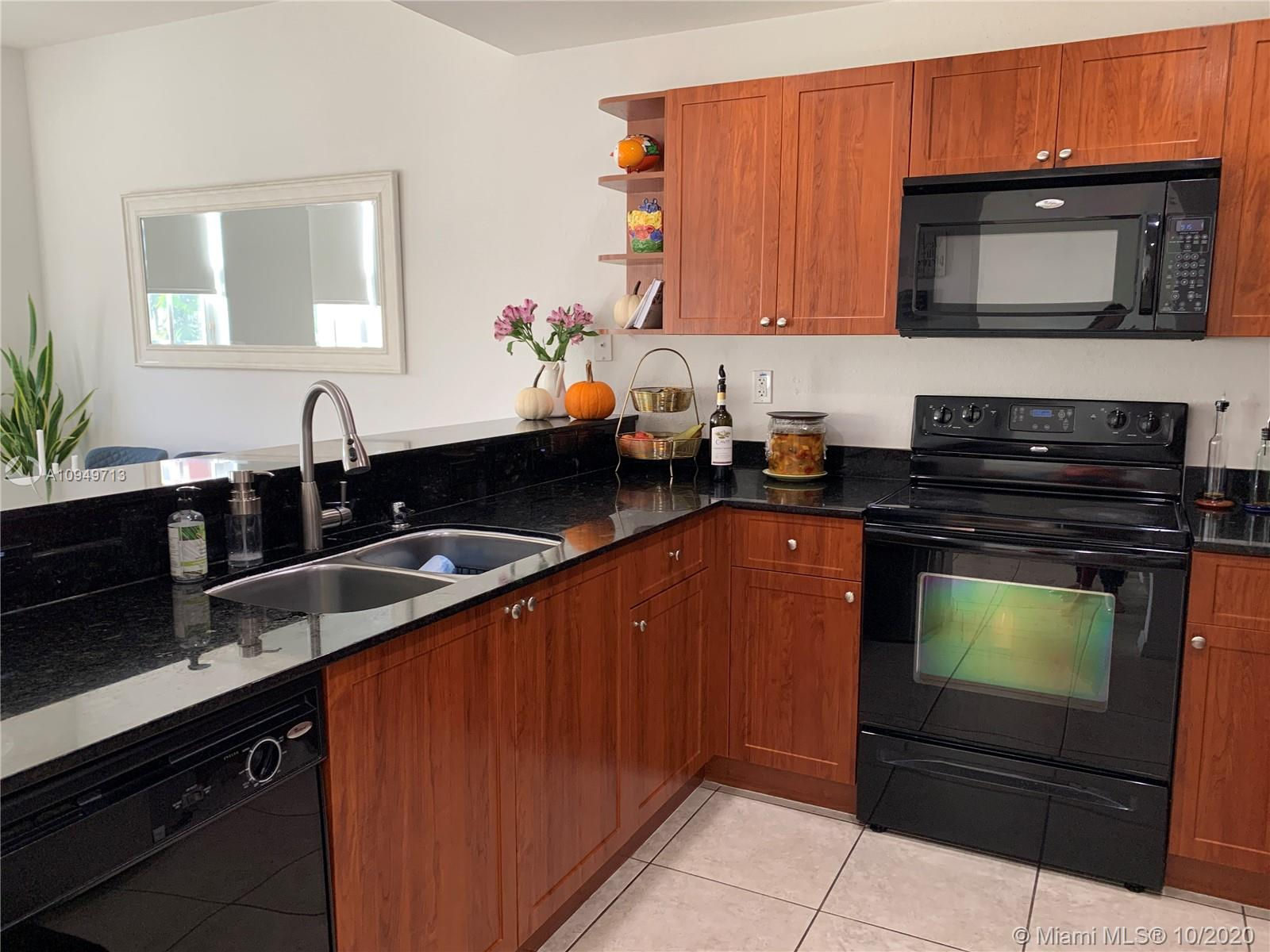 10885 NW 89th Ter #209 For Sale A10949713, FL