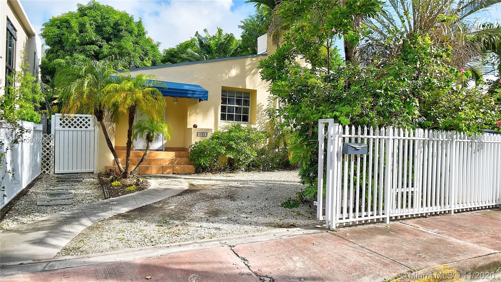 435 W 42nd St  For Sale A10945798, FL