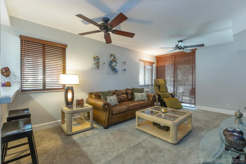 15575  Miami Lakeway N #110 For Sale A10950274, FL