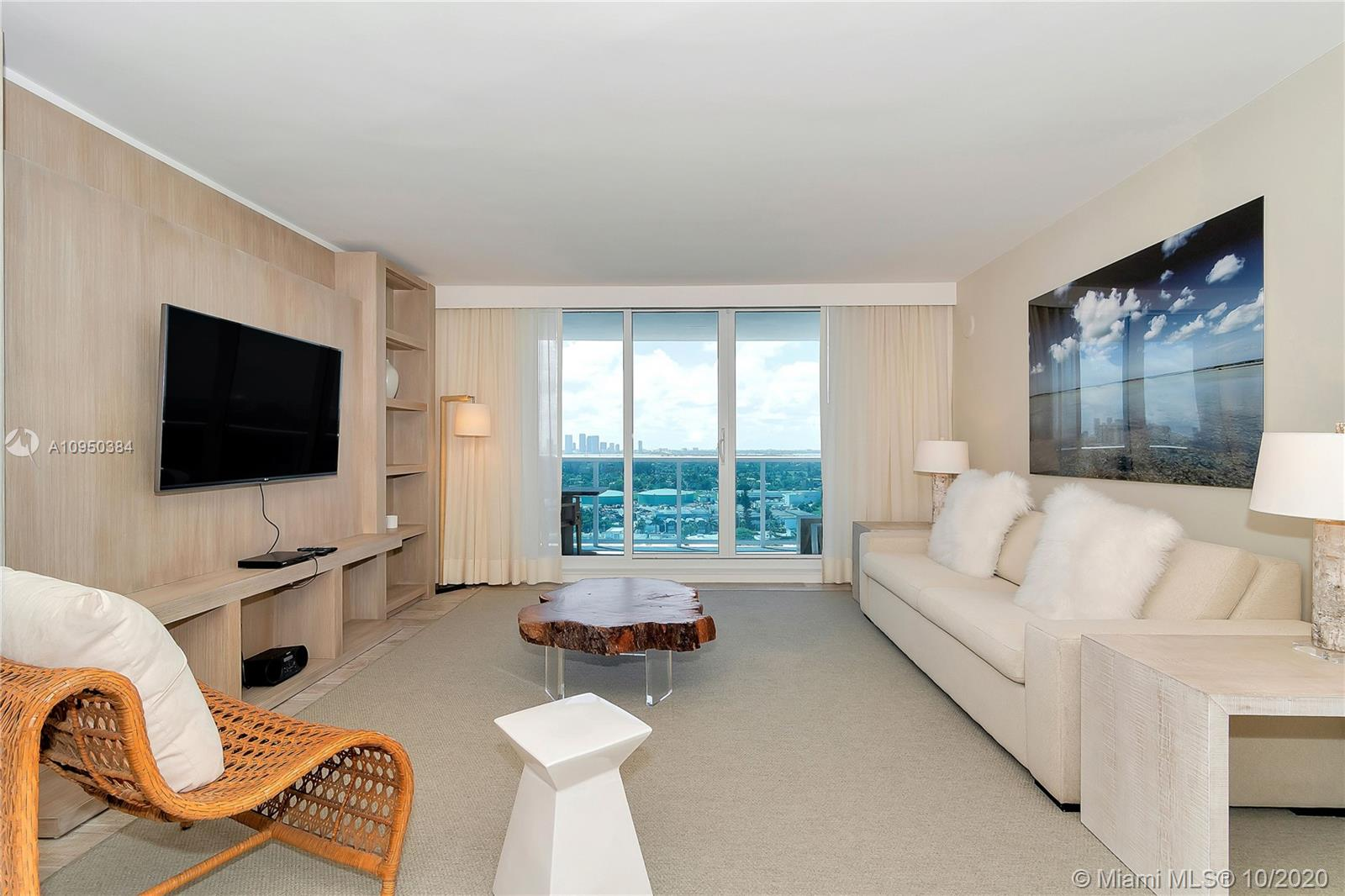 102  24th St #1531 For Sale A10950384, FL