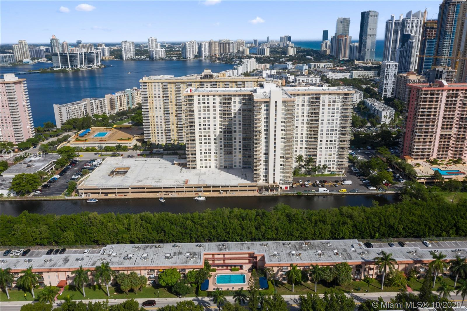 251  172nd St #330 For Sale A10949811, FL