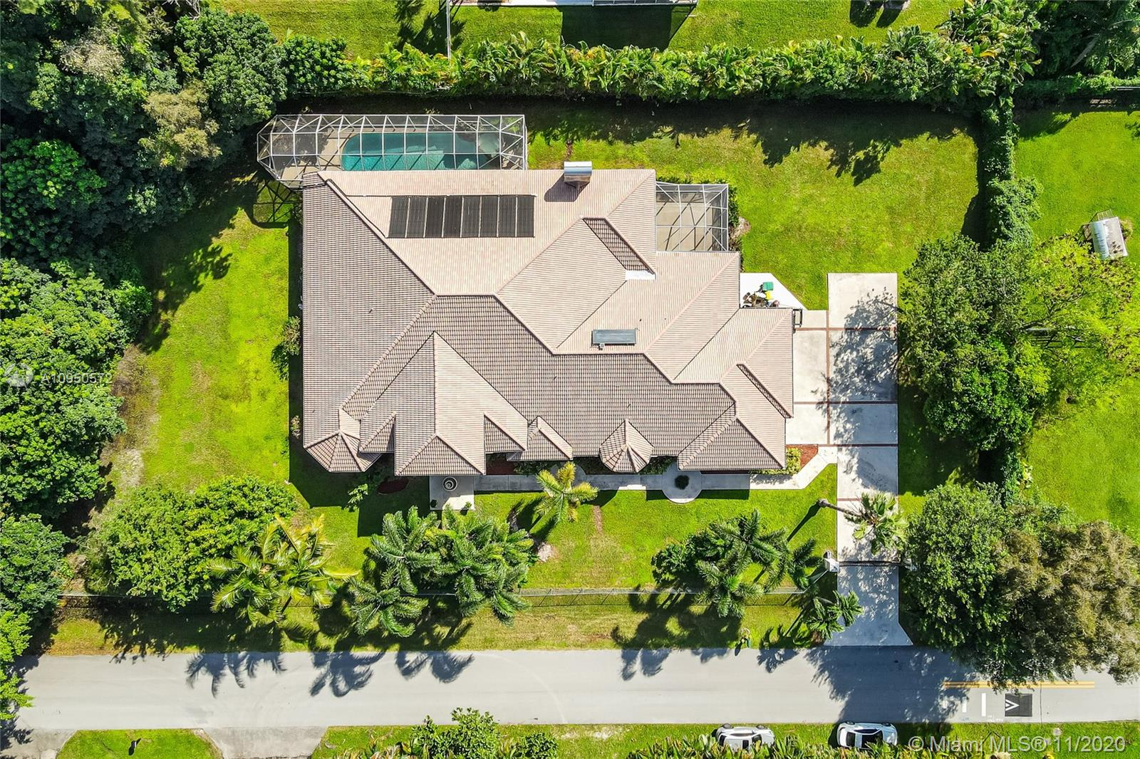 11810 NW 5th Ct  For Sale A10950572, FL