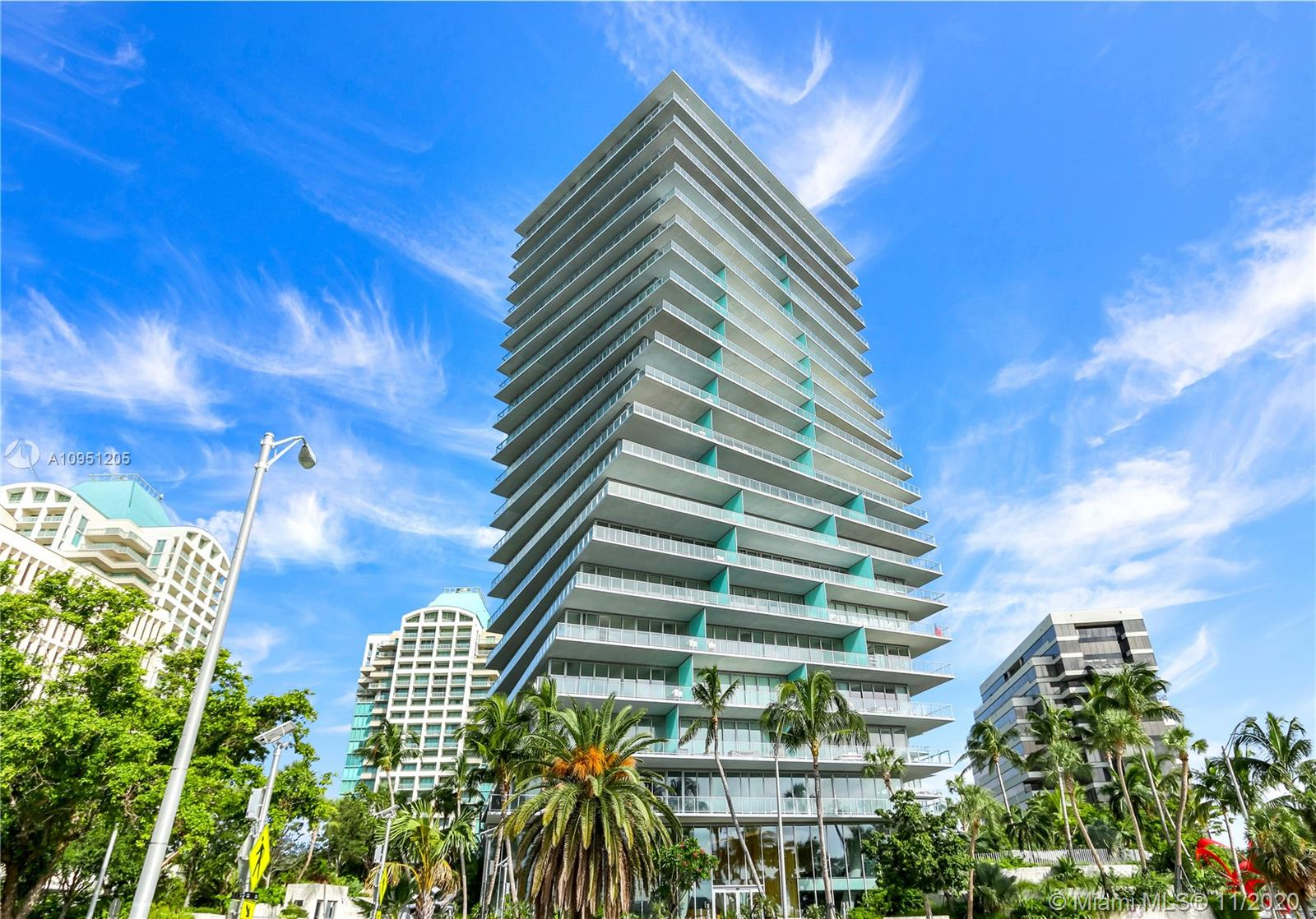 Unique opportunity to buy a truly spectacular unit in the newly finished north tower of THE GROVE AT GRAND BAY, Miami's hottest waterfront luxury condominium. Designed by interior designer STEVEN G, this fully finished unit has an open floor plan with ample natural light in every room and gorgeous panoramic views of the city and biscayne bay. Amenities include 24-hour concierge and butler service, lap and roof-top pools, a modern spa, a state-of-the-art fitness center with spinning room, game room, pet spa, library, a private restaurant and valet parking services.