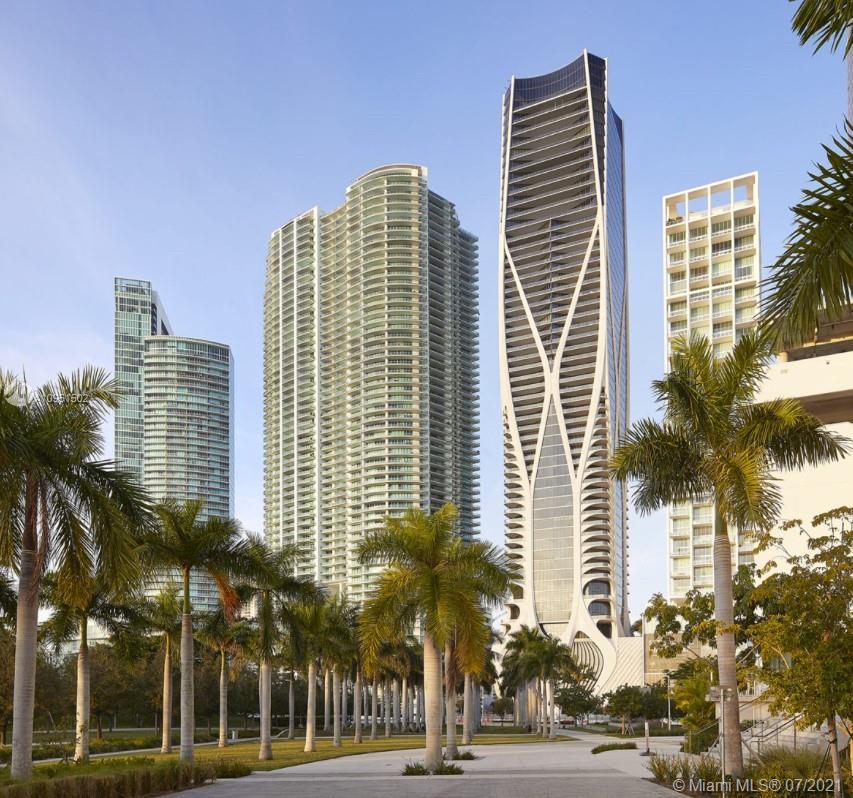 1000 Biscayne Blvd TH-1201, Miami, FL 33132