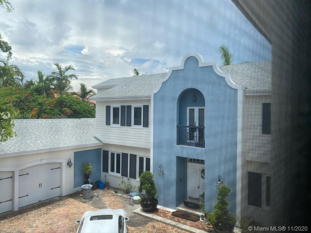 Photo of 9  Harborage, Fort Lauderdale, FL 33316