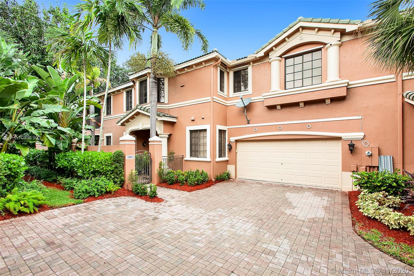 Don't miss this opportunity!! Magnificent and Spacious Augusta model townhome. 3 bedrooms / 2 bathrooms in Exclusive Weston Hills Country Club. First floor unit. Overlooking the gorgeous Weston Hills Golf Course. This is an end unit (Only two units coach home). Attach two Car Garage. The Best community in Weston. Property is rented until November 30th 2020.