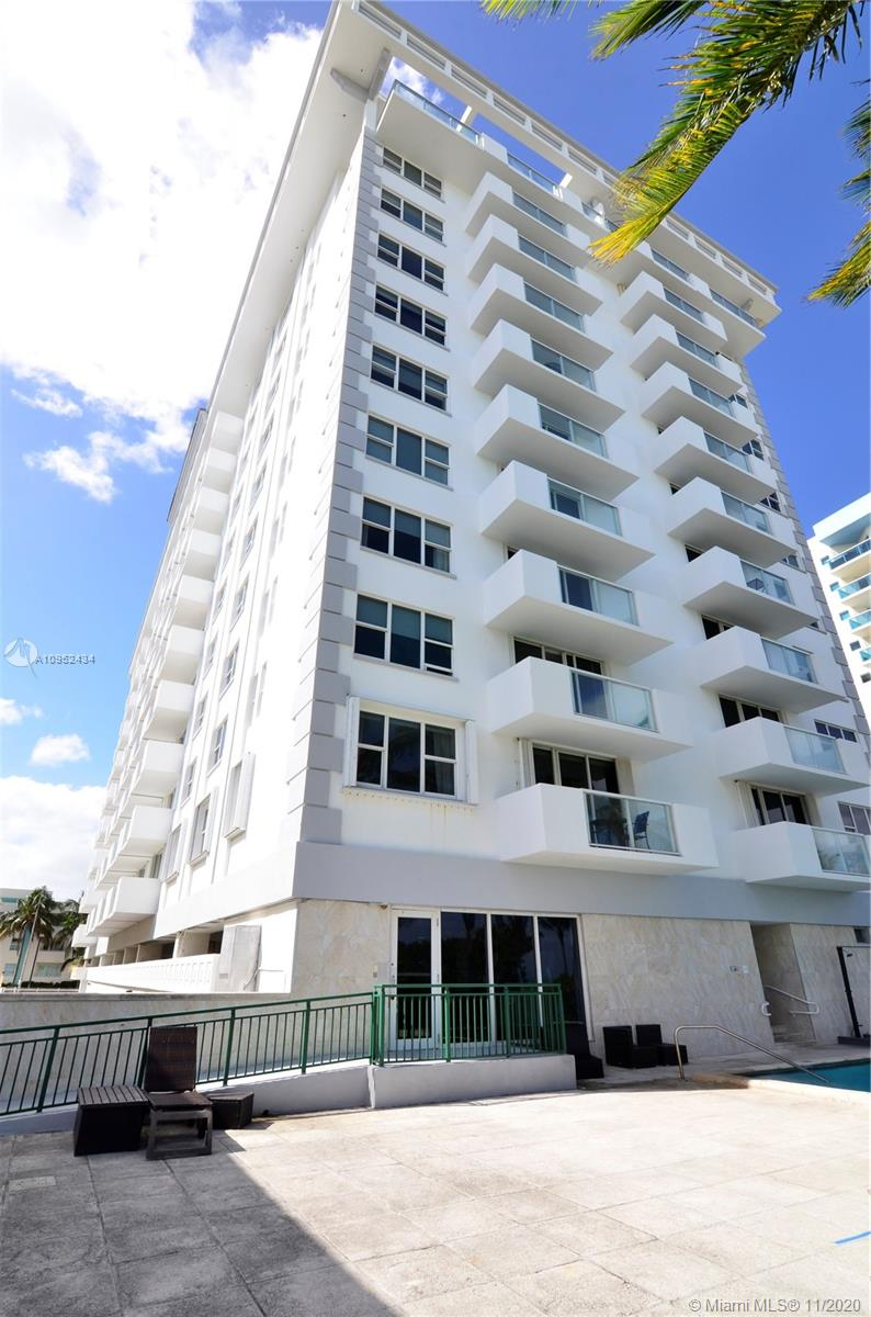 1Bed/1Bath apartment located at the Carlisle on the Ocean front building in the town of Surfside, close to retail stores, the Publix supermarket, pharmacies, banks, restaurants, Surfside Community Center with water games, Bal Harbour Shops, Four Seasons Hotel,  Laundry room on floor. Building offer amenities include Gym, Pool, and more. Pet friendly