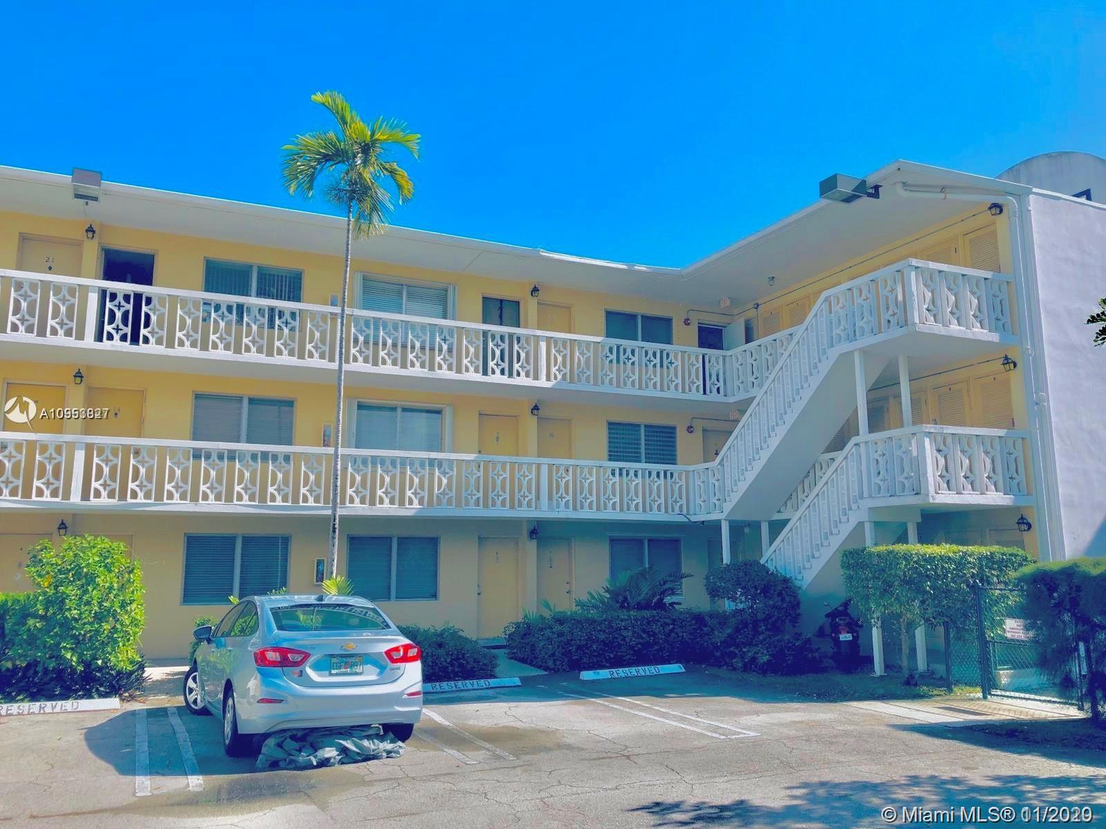 Beautiful 1Bedroom 1bath with wood floor at Golden Key Condo in the heart of Bay harbor Islands.