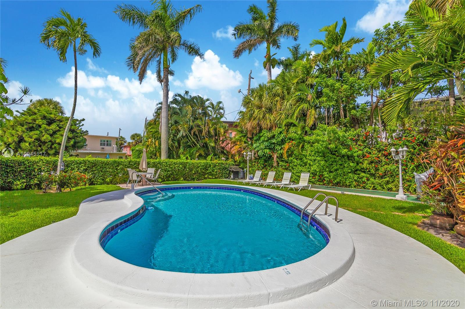 624  Antioch Ave #5 For Sale A10945117, FL