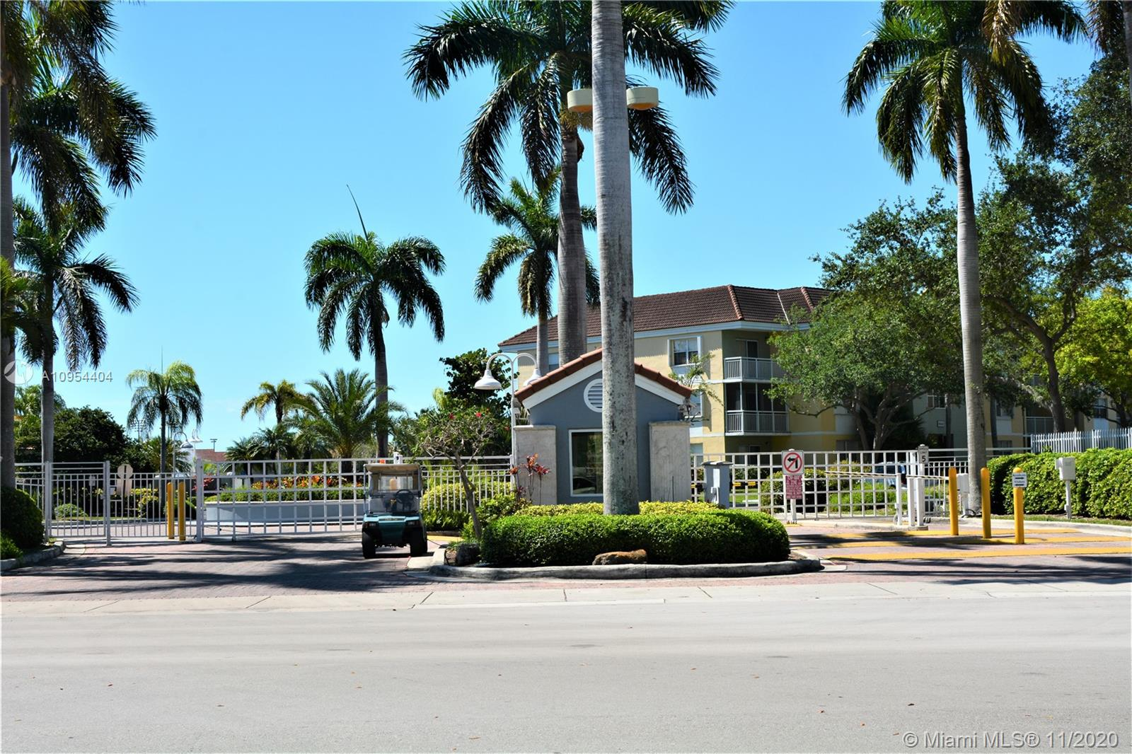 Amazing corner unit at Le Club, 2 bedrooms, 2 bathrooms, totally remodeled, new kitchen w/ granite countertops, stainless steel appliances, new bathrooms vanities w/granite countertops, accordion shutters, new washer and dryer inside the unit, wood floors in the bedrooms, tile floors in the social areas, great layout, pool, tennis, BBQ area, kids playground, and gym included, gated community with security. No pets. Great location, minutes from Turnpike, restaurants and much more. Tenant occupied until January 31st 2021.