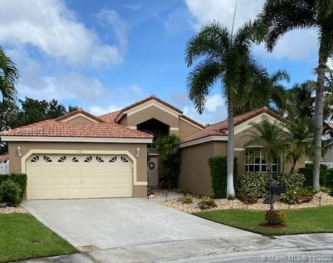 Great home on an huge lot in the Lakes of Weston.  Owner is motivated.  Gated community and the best schools in South Florida.  Four beds, three baths pool home situated on a cul-de-sac. Roof replaced 2 years ago.  New AC.  Biggest yard in the area and fenced for privacy.  Bring offers.