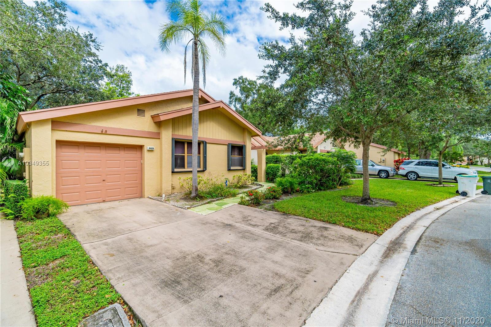 This 2/2/1 single family home in the township community comes with a split bedroom floor plan , tile flooring throughout , newer a/c 2017 and roof 2009, accordion storm shutters throughout. closed in patio . Just a short walk to the community pool and across the street from the main club house with resort style amenities: hobby rooms, fitness center ,tennis courts and a large theater with live entertainment and the main Olympic size pool and hot tub. the community is centrally located close to public transportation,mayor roadways and shopping. Association requires 1 person to be 55 or older. and 10% down.