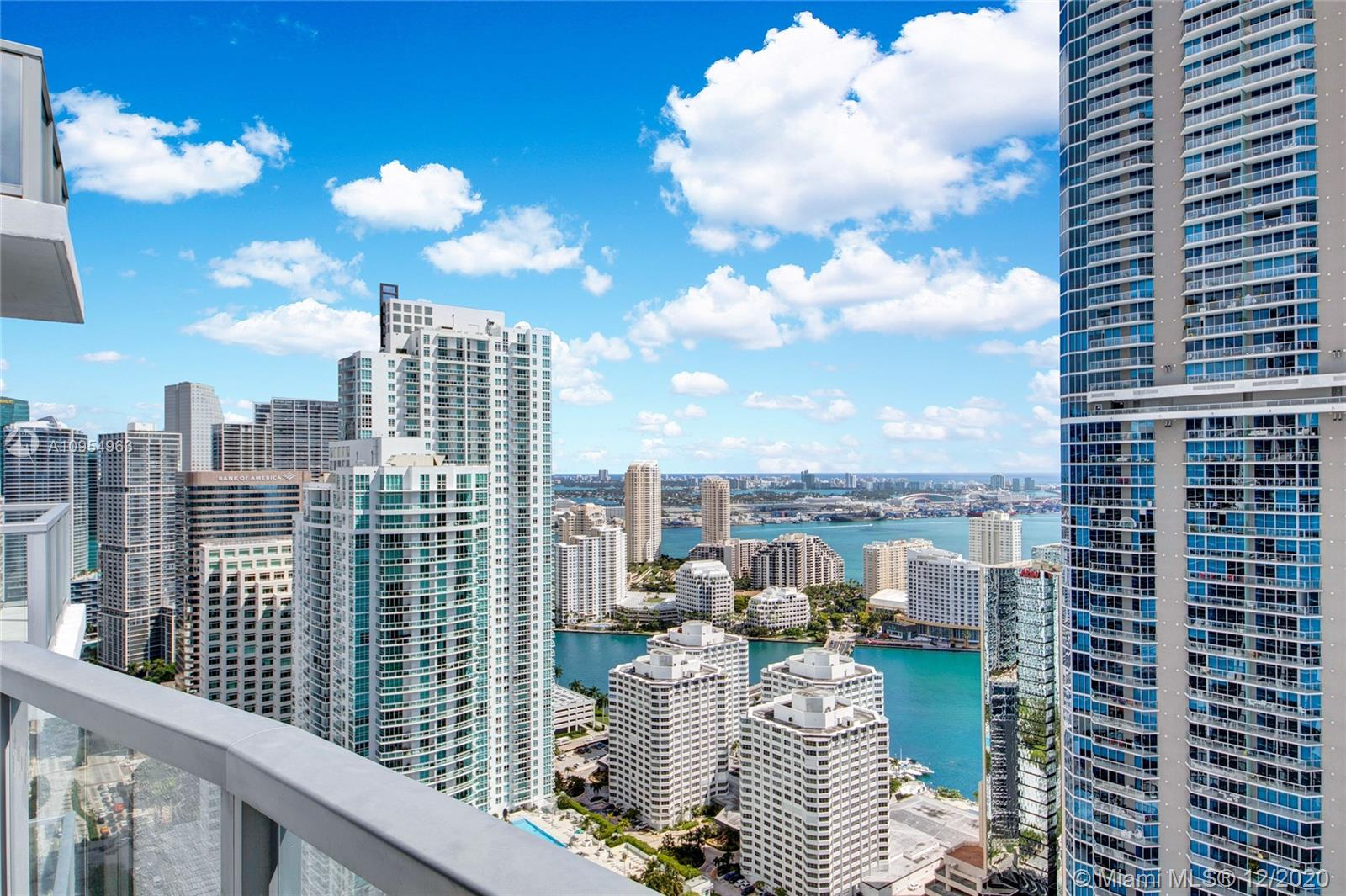 1060  Brickell Ave   4303-1