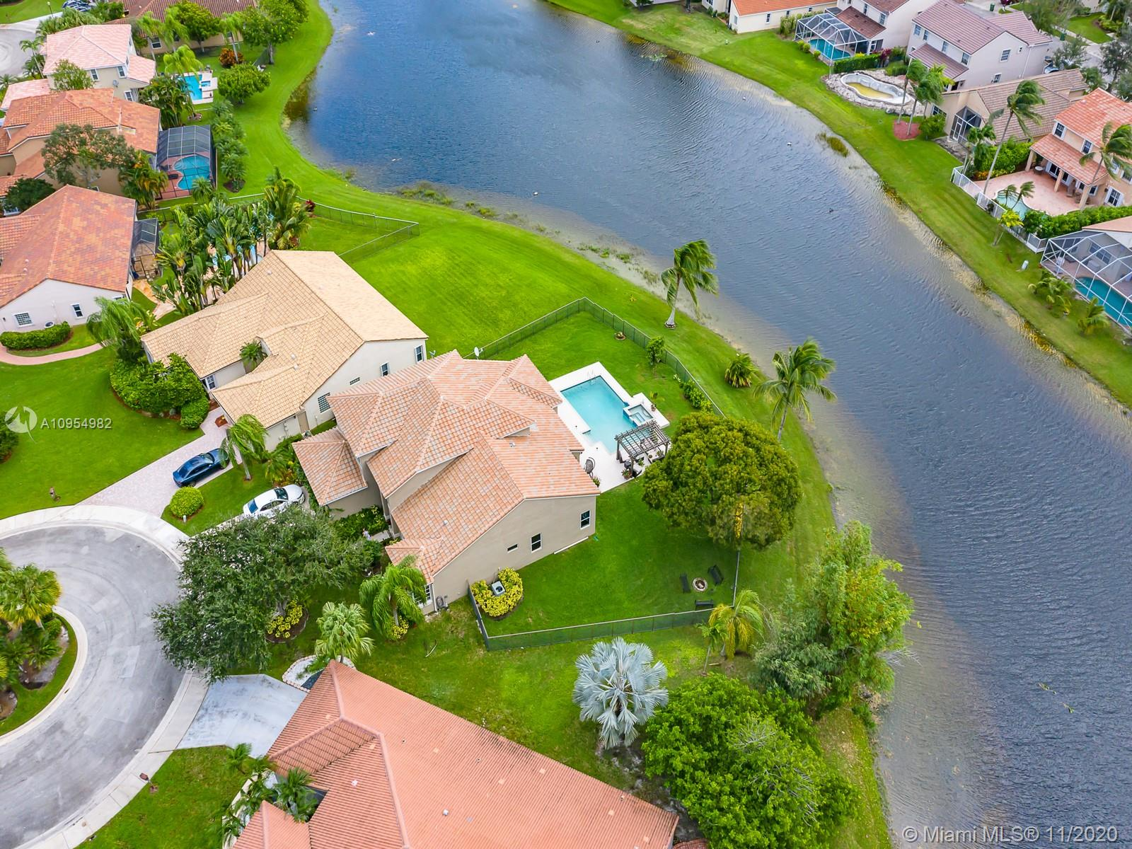 AMAZING 6 BEDROOMS, 4 FULL BATHROOMS, POOL HOME WITH BEAUTIFUL PANORAMIC LAKE VIEWS ON A CUL-DE-SAC, RARELY AVAILABLE OVER 17,000 SQ FT. LOT, NEW 2020 ROOF! WONDERFUL FLOOR PLAN, KITCHEN W/WOOD CABINETS, GRANITE COUNTERTOPS, AND STAINLESS STEEL APPLIANCES, SUBZERO REFRIGERATOR 2019 AND NEW MICROWAVE OVEN 2020, MASTER BEDROOM SUITE PLUS ADDITIONAL BEDROOM ON 1ST FLOOR, MASTER BATHROOM INCLUDES STEAM SHOWER & TUB, CALIFORNIA STYLE CLOSETS, REMODELED JACK AND JILL BATHROOM, 2 A/C UNITS WITH UV LIGHTS, SALT WATER POOL WITH NEW PUMP SYSTEM 2020, FULLY FENCED BACK YARD, NEW AUTO SPRINKLER SYSTEM AND MUCH MORE!! EXCELLENT LOCATION AND GREAT SCHOOLS A MUST SEE IN THE FABULOUS GATED COMMUNITY OF THE LAKES!