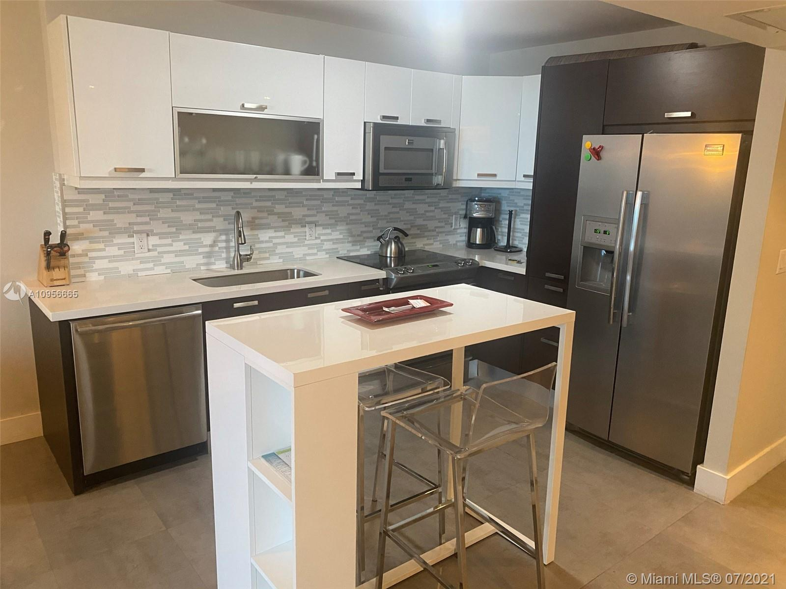 2301  Collins Ave #723 For Sale A10956665, FL