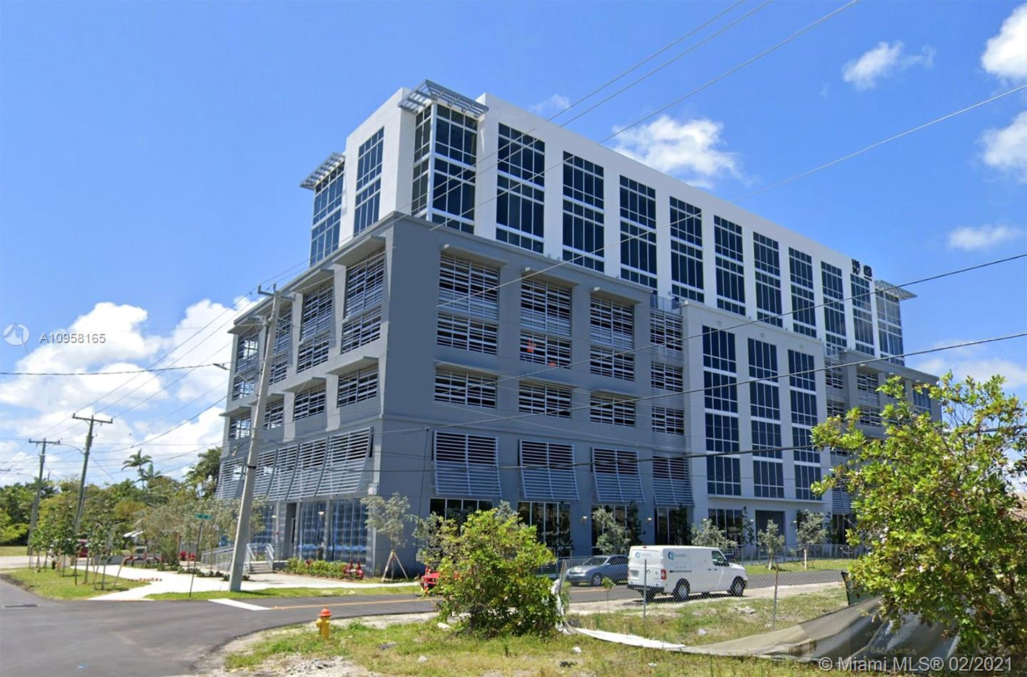 800 SE 4th Ave #511 For Sale A10958165, FL