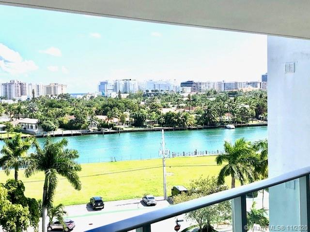 Beautiful Penthouse with waters views in the heart of Bay Harbour Islands! This spacious  2bed/2bath