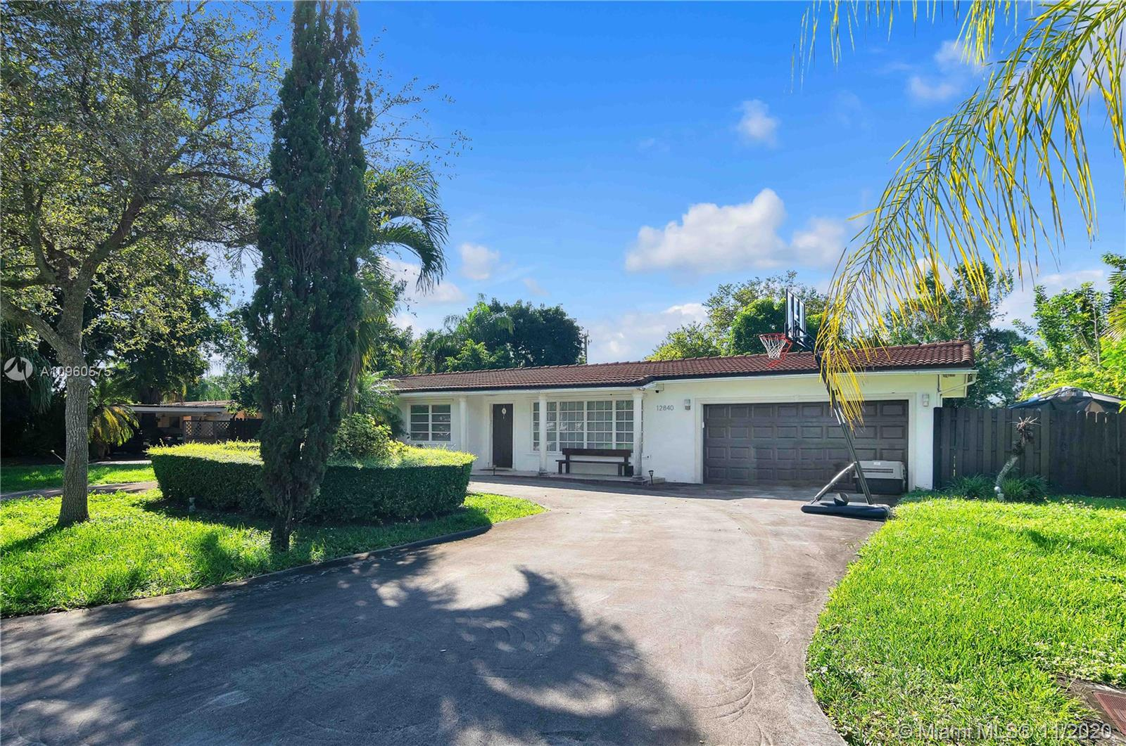 12840 SW 83rd Ct  For Sale A10960575, FL