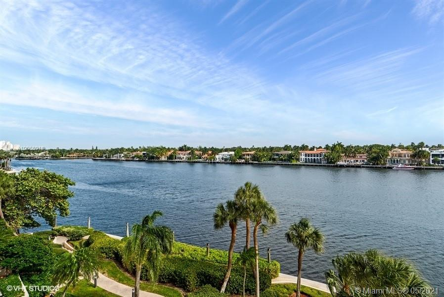 19707  Turnberry Way #5H For Sale A10956918, FL