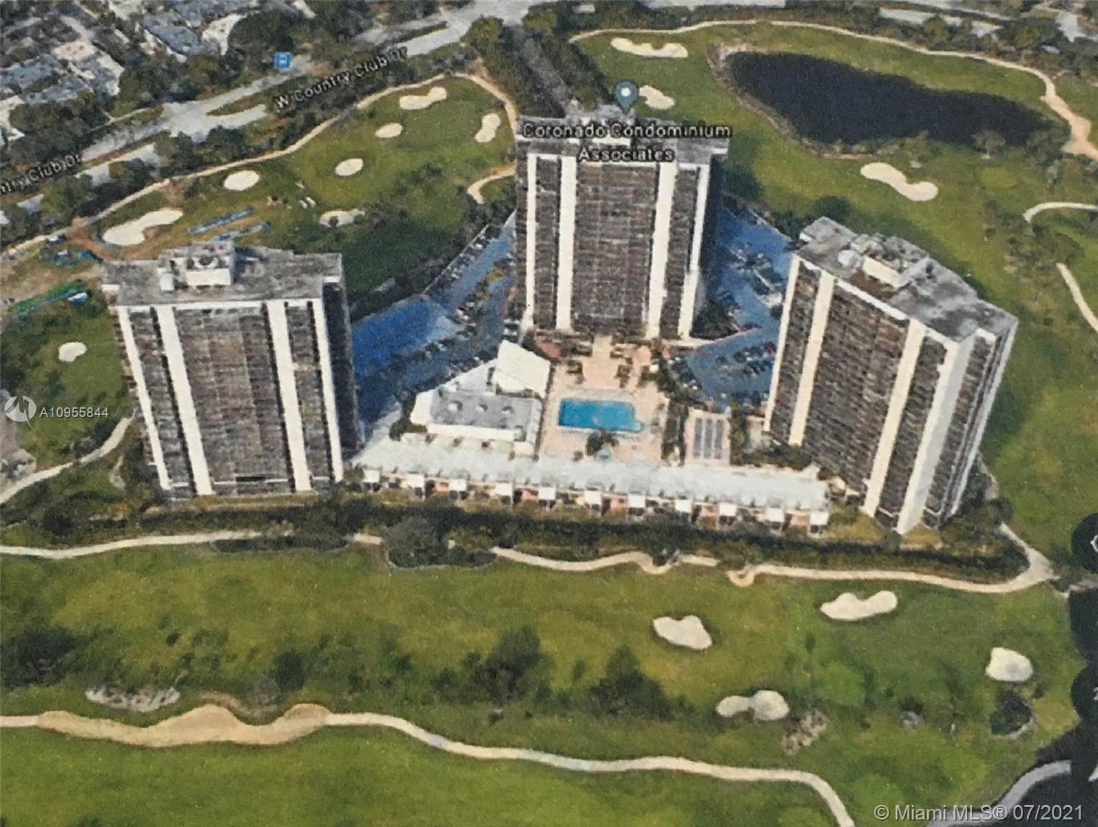 20361 W Country Club Dr #TH 22 For Sale A10955844, FL